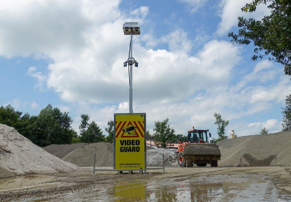 """Das gemeinsam entwickelte Kameraüberwachungssystem """"Video Guard"""" sorgt für mehr Sicherheit auf Baustellen."""
